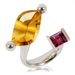 14ct citrine and pyrope garnet cocktail ring