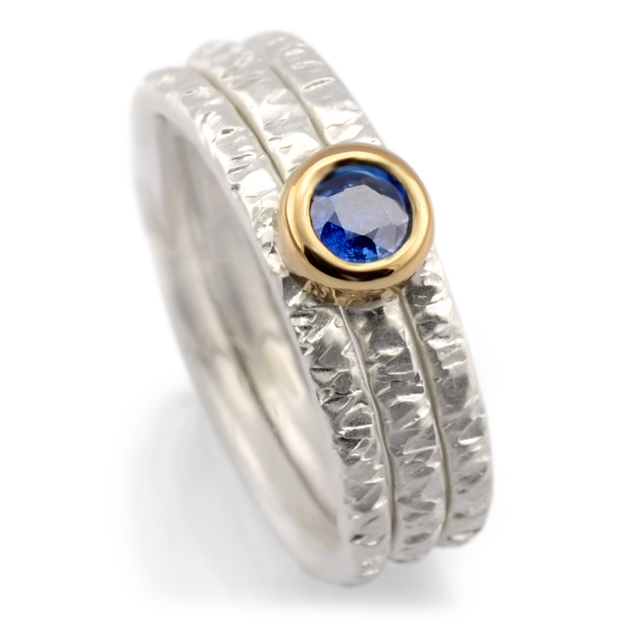 hammer textured 3 ring set with blue sapphire